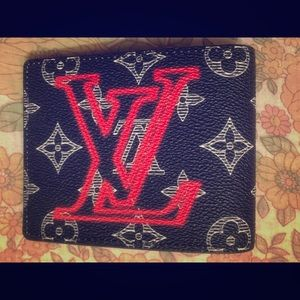 Louis Vuitton Laser compact wallet